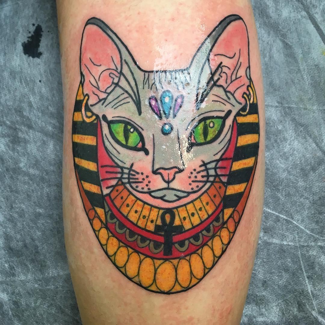 仰先生小腿斯芬克斯猫纹身图案